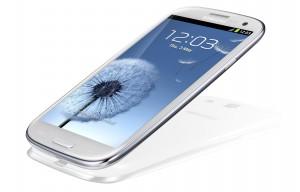Samsung Galaxy SIII i9300 SmartphoneSamsung Galaxy SIII i9300 Smartphone